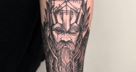 Tatouage vikings : Symboles et signification